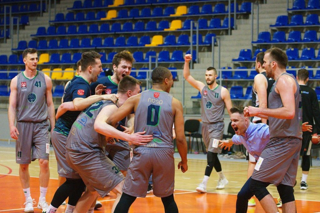 Basket Nisa was promoted to the quarterfinals of the 2nd League.  Who will play Nisani now?