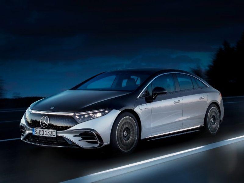 Mercedes EQS introduces autonomous driving technology