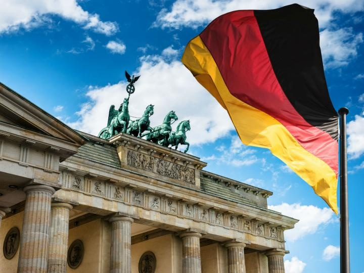 """The International Monetary Fund recognizes Germany for its """"excellent"""" response to the Coronavirus crisis"""