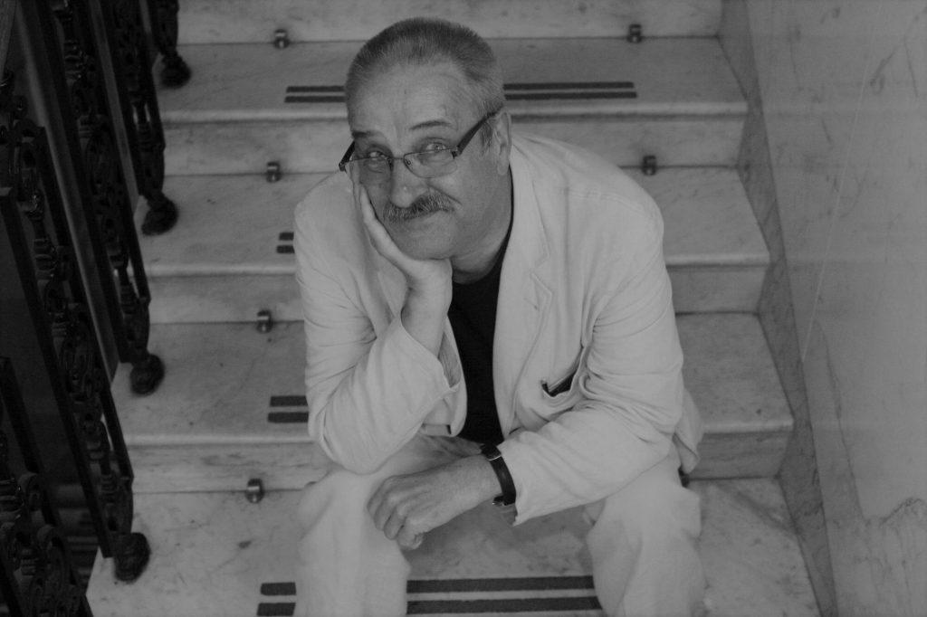 Krzysztof Zakrzewski is dead.  The actor is 72 years old