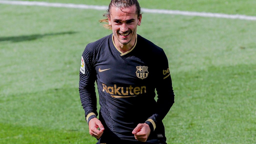 """Antoine Griezmann has already decided where to play after Barcelona.  """"I love this country"""""""