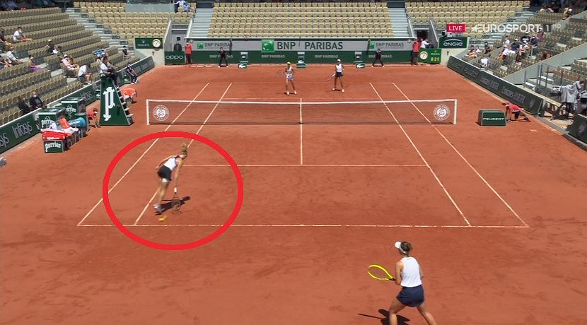 Roland Cros millimeters from image disaster!  This result will change the history of tennis!