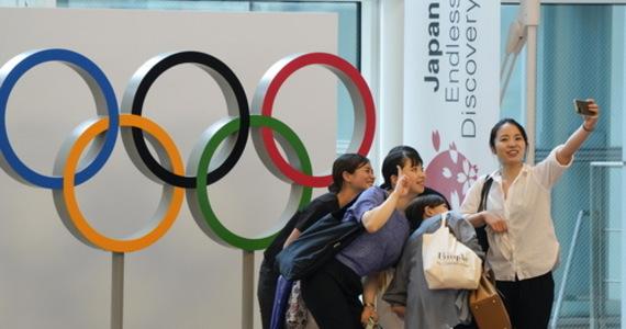 Japończyk Kazunori Takishima wydał na 100 biletów na różne wydarzenia olimpijskie w Tokio blisko 40 tys. dolarów. Jest załamany po decyzji, jaką podjęli organizatorzy zakazując kibicom - z powodu pandemii Covid-19 - wstępu na areny igrzysk.