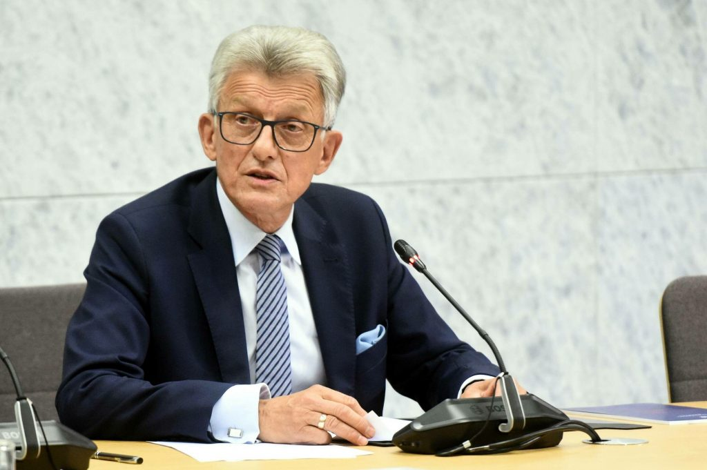 A surprising situation during the meeting of the Constitutional Tribunal.  Judge Stanislaw Piotrovich intervened