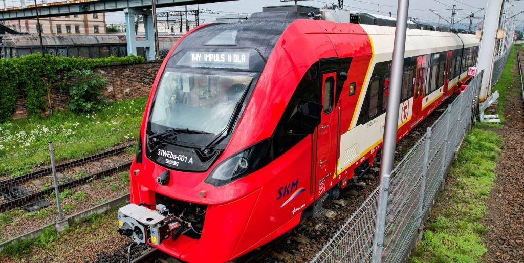 The new train carried its first passengers directly from Nevag