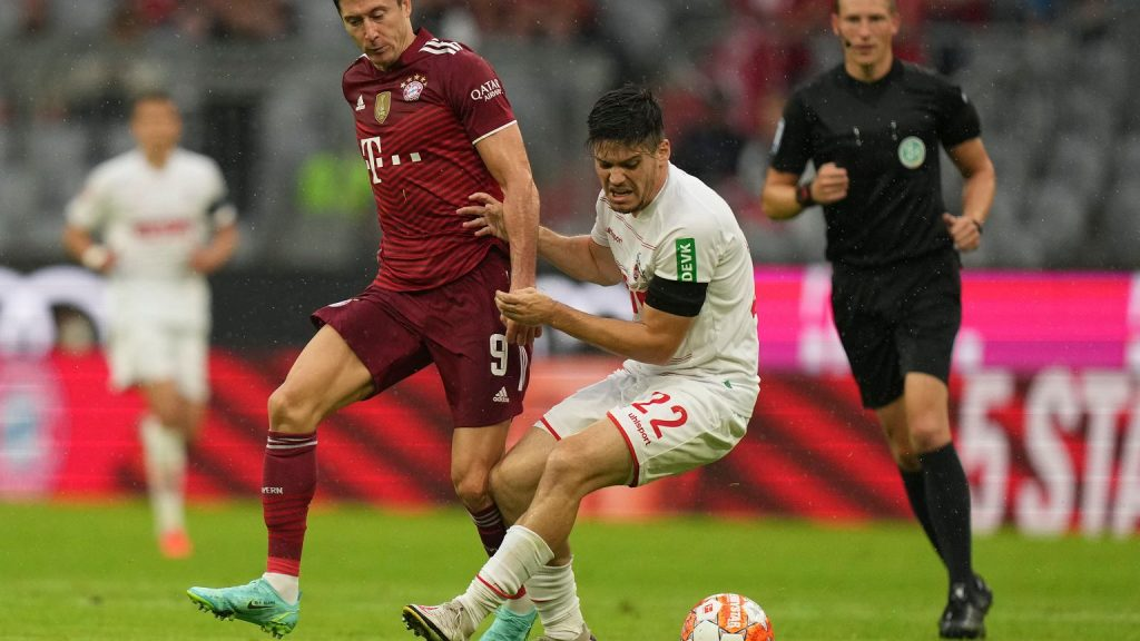 """""""Except for the first goal, he didn't look much.""""  Such an assessment of Lewandowski's game is an exception to football"""