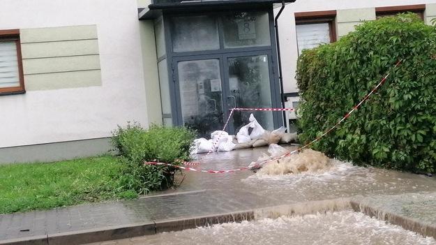 The Josie Estate in Krakow was flooded.  Photo sent via Pyotr / Hotline / Listener via RMF FM Hotline