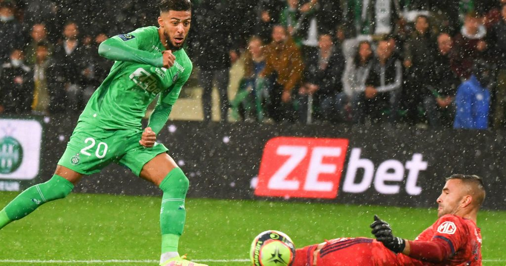 St. Etienne - Lyon: Conclusion and Relationship.  Lyon finally lost points!  Article 1